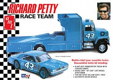 1/25 Dodge Dart Sportsman & LN800 Hauler, R. Petty