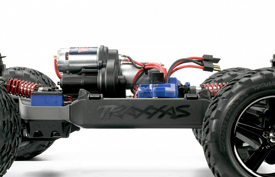 E-Revo 4WD RTR + NEW Fast Charger №45