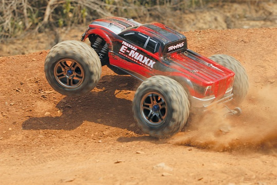 E-Maxx Brushless MXL 4WD 1/10 RTR (with Bluetooth module and telemetry) + NEW Fast Charger №35